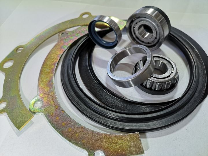 Swivel housing right side kit for Nissan Patrol Y61 (-)