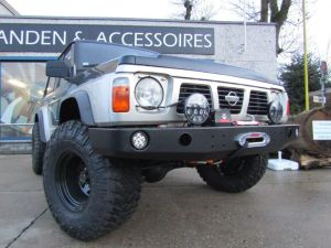 F4x4 Front bumper with winch plate Nissan Patrol Y60