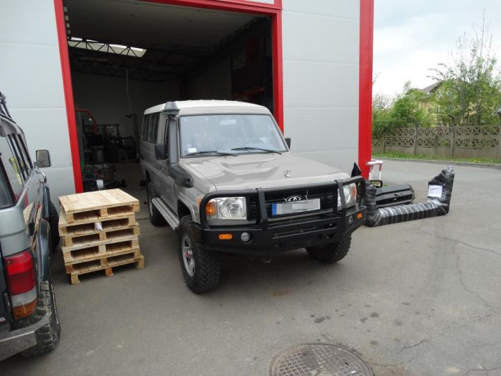 F4x4 expedition bumper pack Toyota Land Cruiser 71, 75, 76, 78, 79 from 2007  (-)