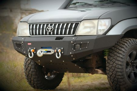 MorE4x4 Steel front bumper with winch plate Toyota Land Cruiser J90/J95 1995-2002, all engine