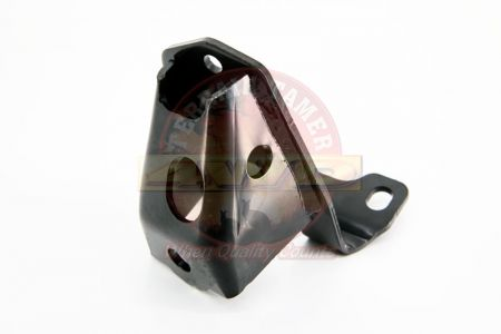BRACKET STABILIZER BAR FRONT R/H LINK ROD TO CHASSIS